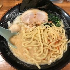 横浜家系ラーメン 壱角家 谷塚店の写真