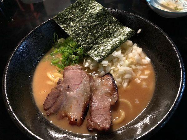「アホ豚骨ラーメン」@麺s慶の写真