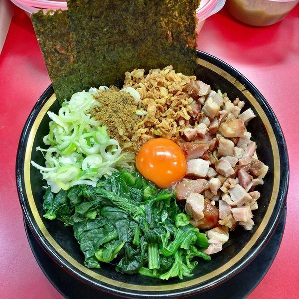 「恵寿卵・油そば(カレー粉)¥750」@家系ラーメン とらきち家の写真