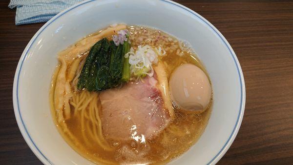 「「限定」塩煮干しらぁ麺+味玉トッピング 900円」@らぁ麺  麦一粒の写真