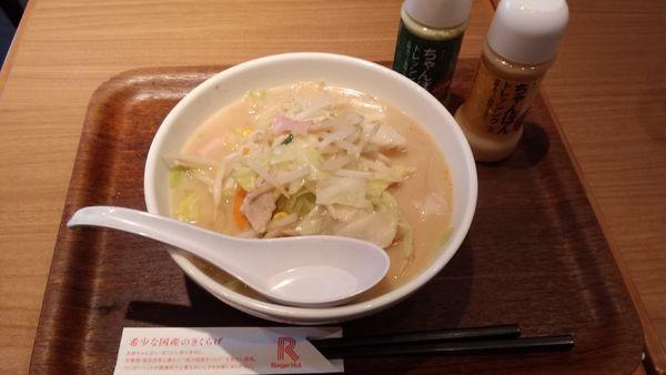 「野菜たっぷり¥732」@リンガーハット TOKYO PREMIUM 新橋店の写真