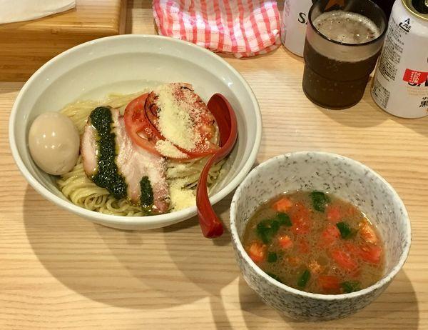 「バジルとトマトの塩つけ麺【限定】 900円」@拉麺 大公の写真