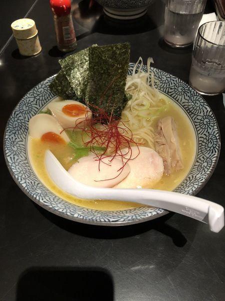 「濃厚鶏白湯らーめん 全部のせ」@濃厚鶏そば 麺屋 武一 横浜関内店の写真