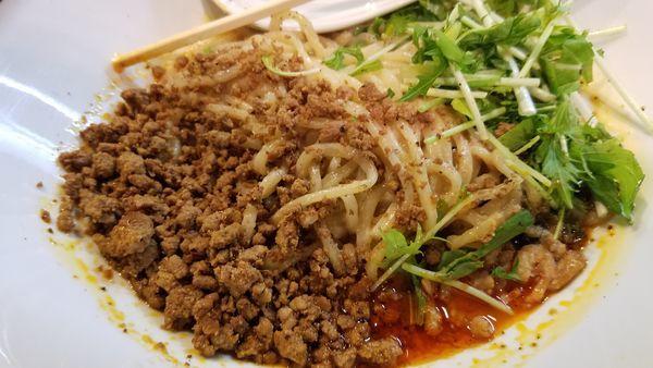 「汁なし担々麺」@タンタンタイガー 中野店の写真