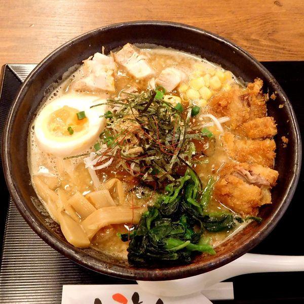 「魚介豚骨カレーとろ肉カツスープ麺(中太麺 税別 950円)」@カレー・つけ麺 とろとんの写真