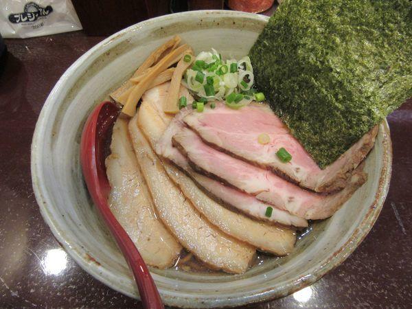 「チャーシュー煮干しそば 醤油(1050円)」@麺屋 照の坊の写真