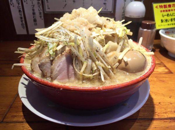「ネギらーめん(野菜&脂増し)+味玉」@らーめん バリ男の写真