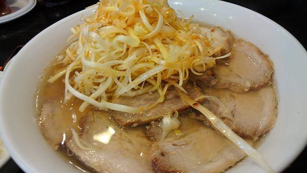 「ネギチャーシュー麺」@喜多方ラーメン坂内 小法師 曳舟店の写真