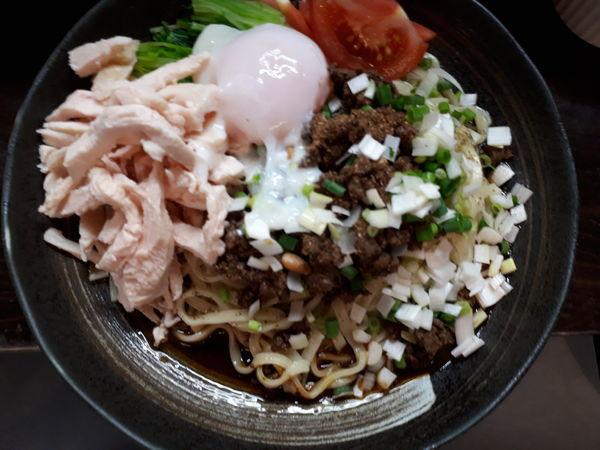 「担々麺汁なし大辛+ご飯」@うずまき 別館の写真
