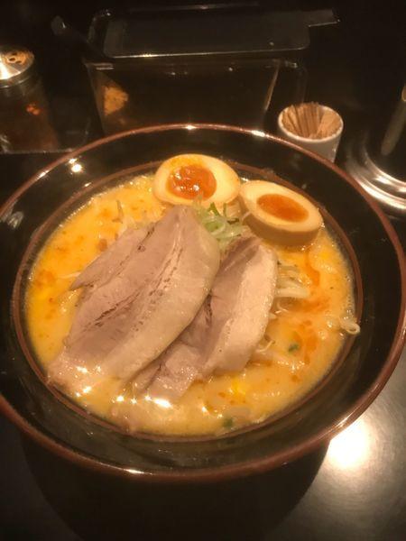 「豚白湯味噌ラーメン +味玉」@豚白湯味噌ラーメン 咲の写真