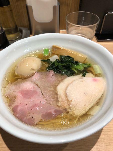 「特製鶏だし塩らーめん」@麺処 景虎 新越谷ヴァリエ店の写真