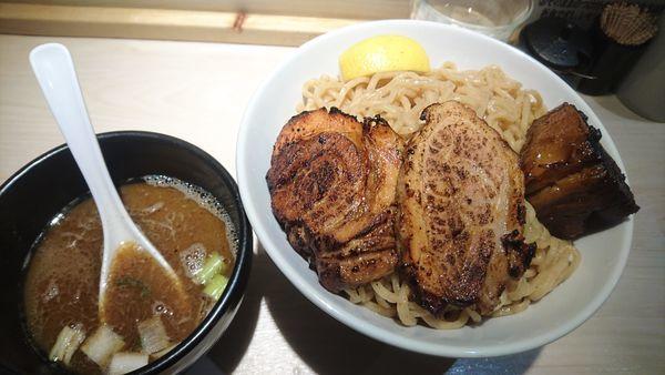 「肉つけ麺(特盛500g)」@八王子 麺屋土竜の写真