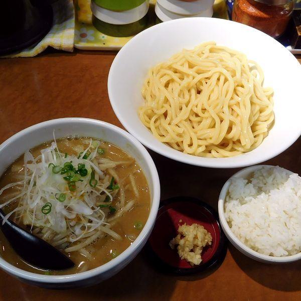 「味噌つけ麺(830円)」@萬馬軒 花橙の写真
