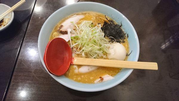 「越後味噌らーめん900+味玉100」@新潟長岡らぁめん 安ざわ食堂の写真
