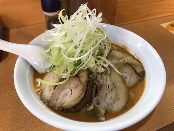 「タンタン風冷やし旨辛らーめん チャーシュー 850円+200円」@麺家うえのの写真