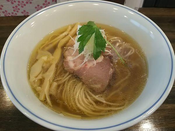「塩らぁ麺 ※恥ずかしながら鶏チャーシュー抜き」@らぁ麺  麦一粒の写真