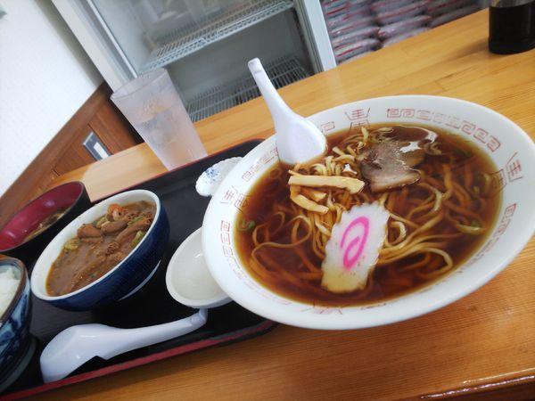 「もつ煮定食&ラーメン」@永井食堂の写真
