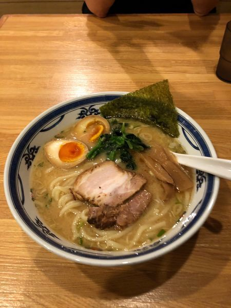 「らーめん味玉付き750円」@麺座風水の写真