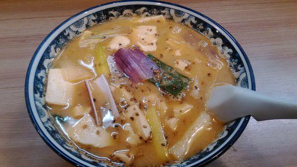 「赤ねぎ豆腐ごま味噌ラーメン」@天下一らーめんの写真