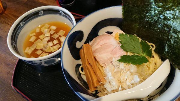 「黄金の鶏塩つけ麺 880円」@長野らぁ麺 さくら木の写真