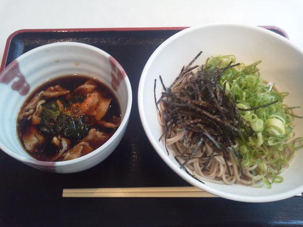 「豚肉のつけ蕎麦 720円」@生そば 丼ぶり  あずみ野の写真