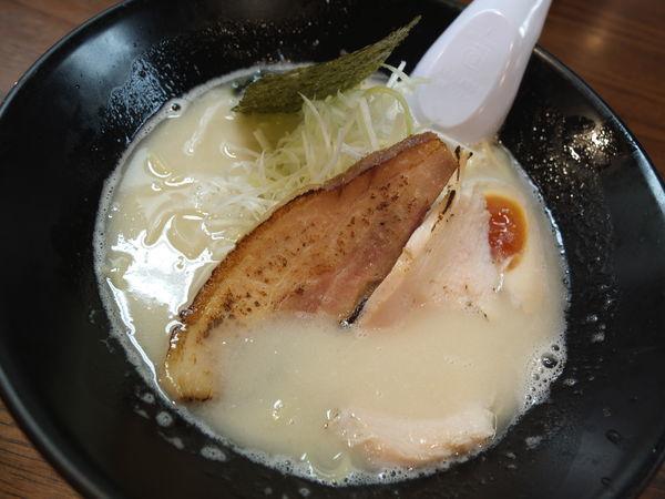「豚骨塩」@まる兵製麺の写真