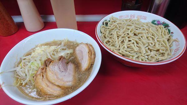 「豚入り(ニンニク)+つけ麺」@ラーメン二郎 湘南藤沢店の写真