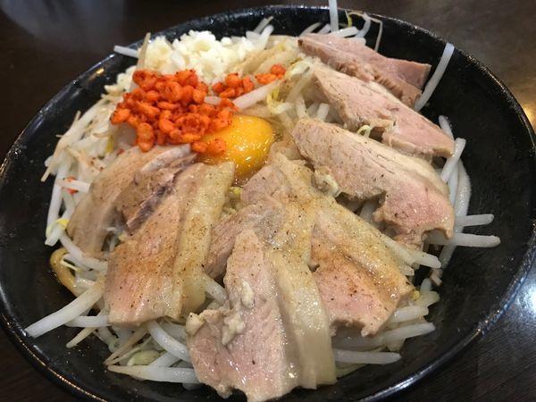 「汁なし豚ハーフ300 魚粉風味 900円+100円」@男は黙って前を行け!の写真