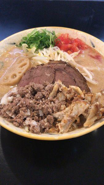 「贅沢濃厚味噌らあ麺」@みそ味専門マタドールの写真