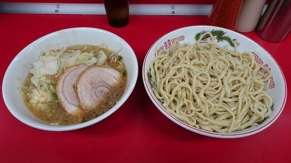 「ラーメン豚2枚(730円)+つけ(50円)ニンニク」@ラーメン二郎 湘南藤沢店の写真