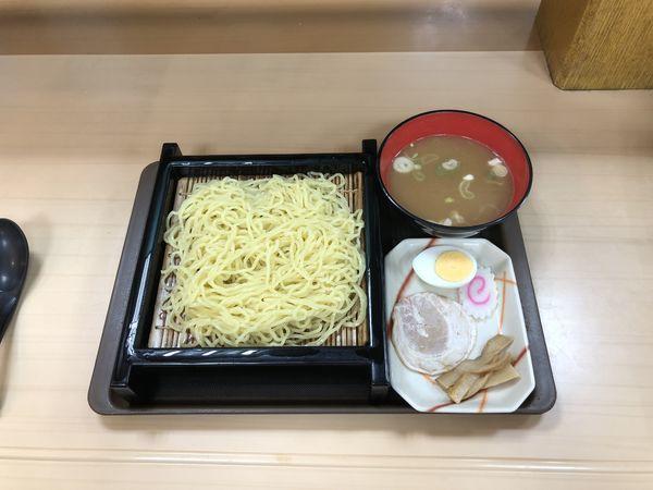 「煮干しつけラーメン」@名代 富士そば 経堂支店の写真