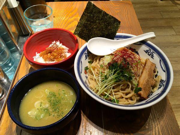 「鶏白湯つけ麺 (中盛 + ミニチャーシューご飯:サービス)」@つけ麺や 武双 グランツリー武蔵小杉店の写真