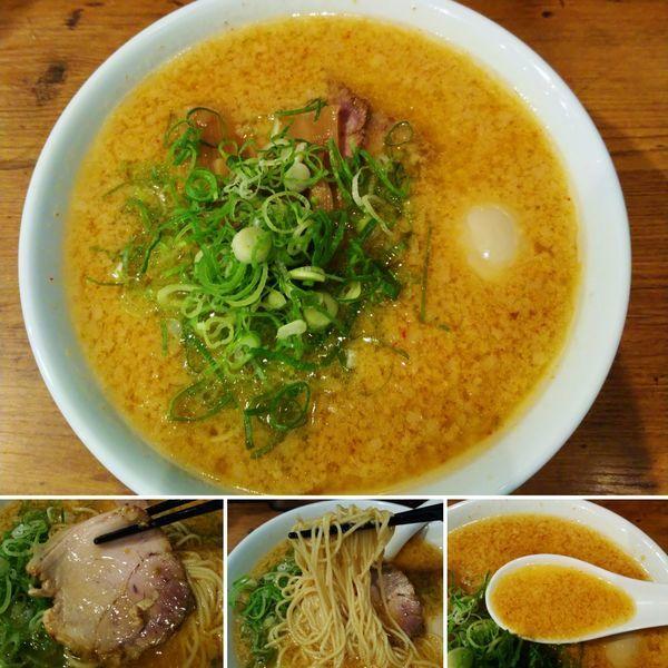 「辛にんにく麺+半熟味玉=970円」@らーめん一途の写真