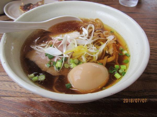 「鶏淡麗らーめん味玉しょうゆ味800円」@麺堂HOMEの写真
