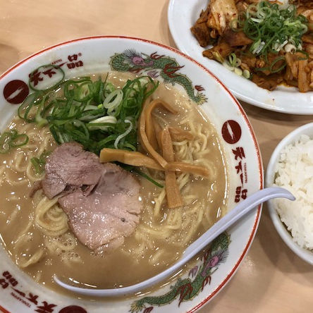 「豚キムチ定食(こってり)1,030円」@天下一品 蒲田店の写真