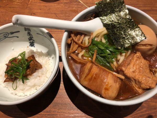 「武蔵らーめん + チャーシュー飯」@麺屋武蔵 新宿本店の写真