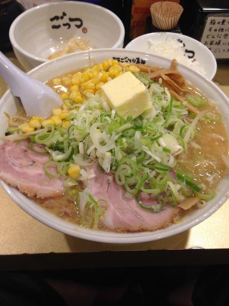 「味噌バターコーン980円」@超ごってり麺 ごっつ 新小岩店の写真