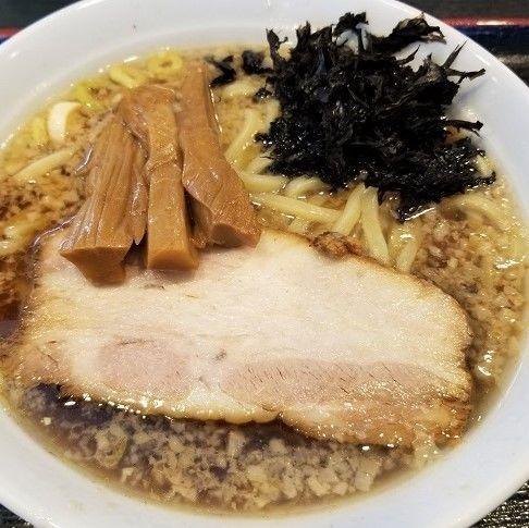 「背脂煮干し中華そば ¥800」@背脂煮干し中華そば 麺堂 之介の写真