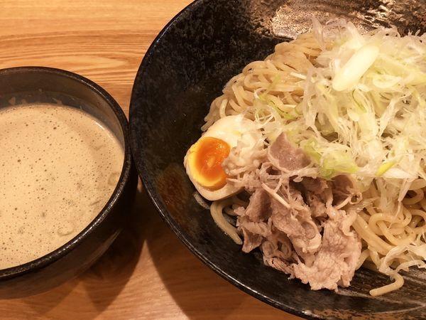 「牛骨魚介つけ麺(2玉)」@人情麺家 牛骨王の写真