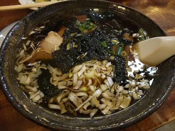 「丸幸ラーメン +ウーロン茶」@中国料理 丸幸の写真