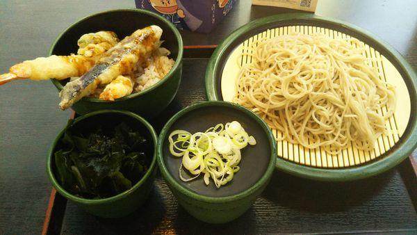 「ミニ海老天丼セット、わかめ(クーポン)」@ゆで太郎 東池袋春日通り店の写真