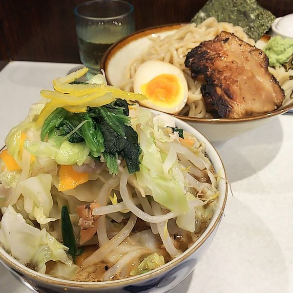 「【夏期限定】背脂入りつけそば(並)野菜入り追加」@麺処 まるよし商店の写真
