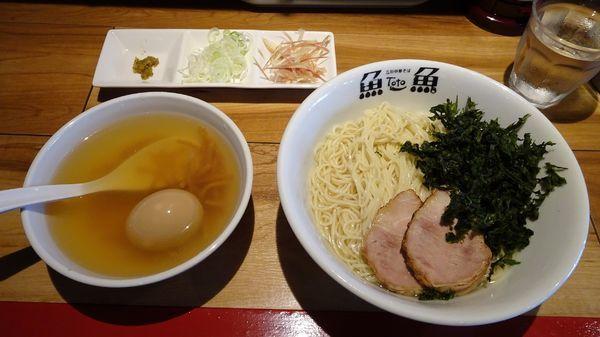 「冷やしつけ麺並:塩(950円)+味玉9割半熟(150円)」@立川中華そば とと ホンテンの写真