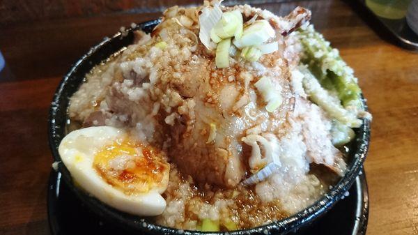 「肉まし我流らーめん+特盛り」@麺 池谷精肉店の写真