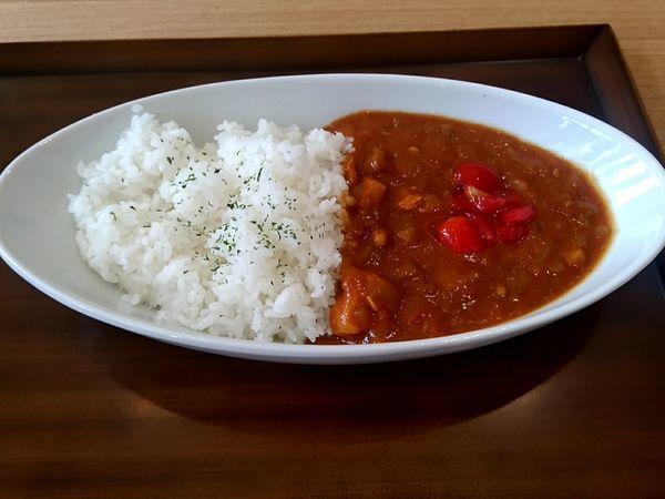 「トマトカレー700円」@村民キッチンの写真