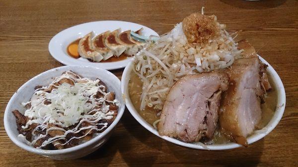 「豚太麺750円+他」@豚男爵の写真