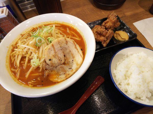 「百年味噌ラーメン&唐揚げセット」@マルキン本舗 東松山店の写真