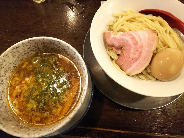 「鯛カレーつけそば+味付け玉子 850+100円」@立ち呑み居酒屋 金町製麺の写真