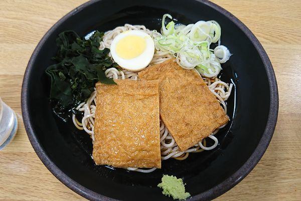 「冷やしきつね蕎麦(450円)」@駅そばの写真