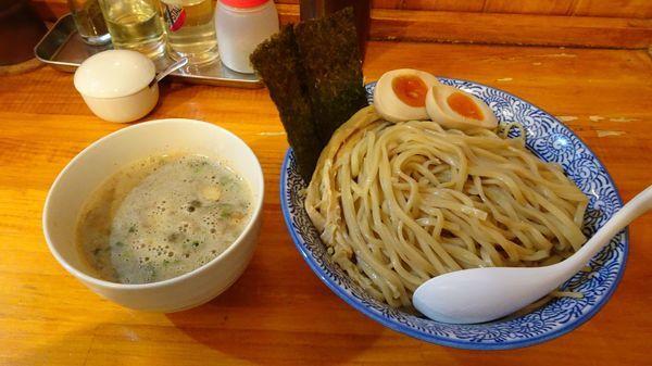 「味玉超濃厚煮干しつけめん(900円)+麺大盛(100円)」@麺屋 徳星の写真